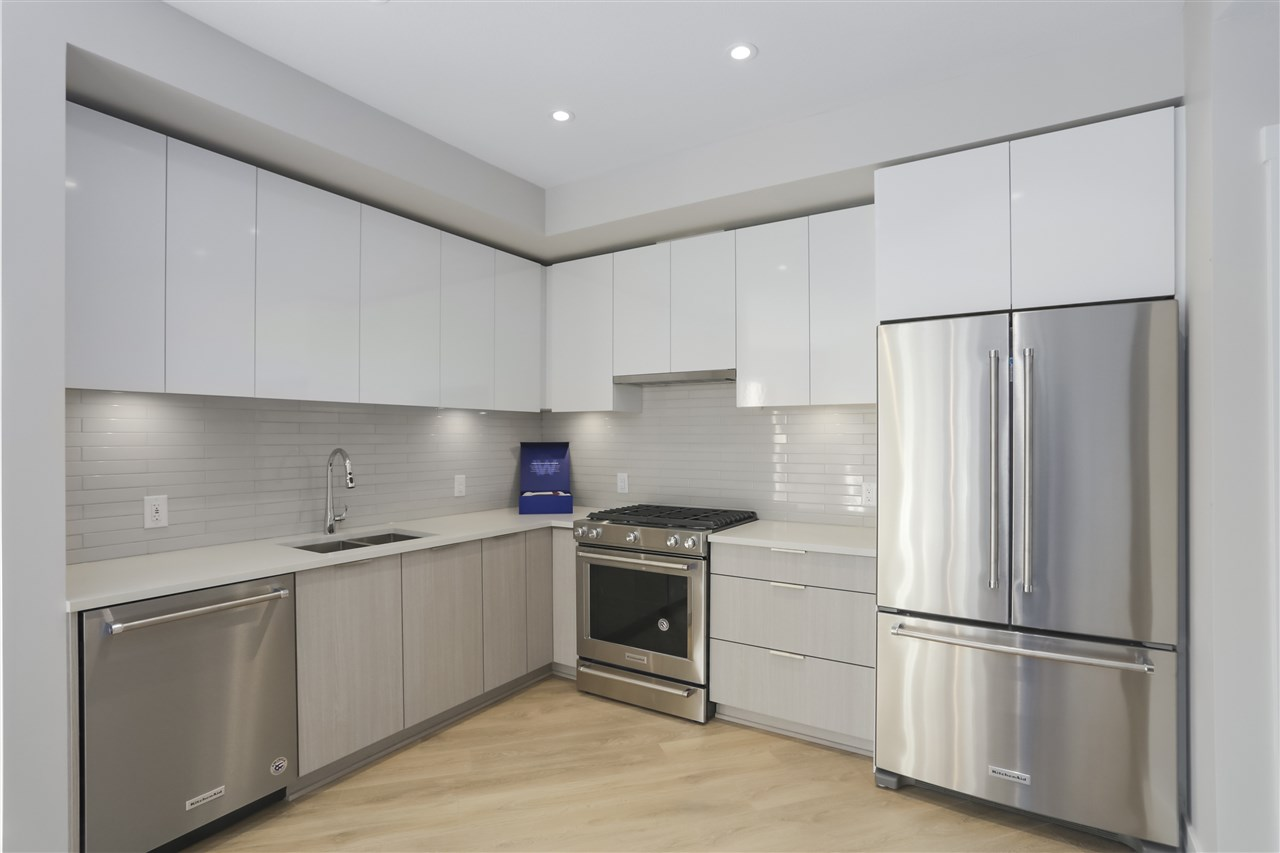 FEATURED LISTING: 403 - 3588 SAWMILL Crescent Vancouver