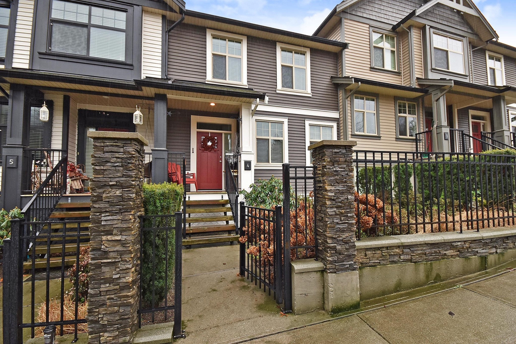 FEATURED LISTING: 4 - 35298 MARSHALL Road Abbotsford