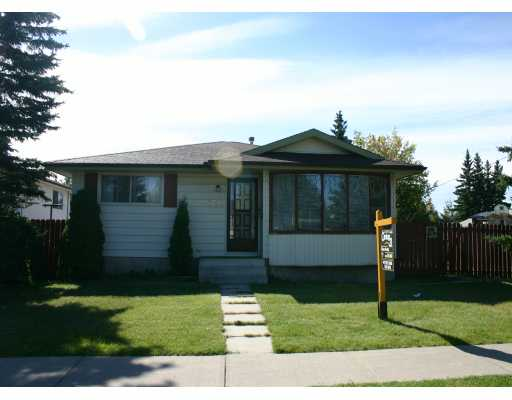 Main Photo:  in CALGARY: Marlborough Park Residential Detached Single Family for sale (Calgary)  : MLS®# C3185569