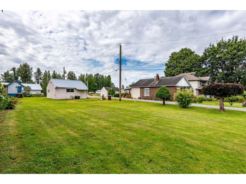 FEATURED LISTING: 34938 CLAYBURN Road Abbotsford