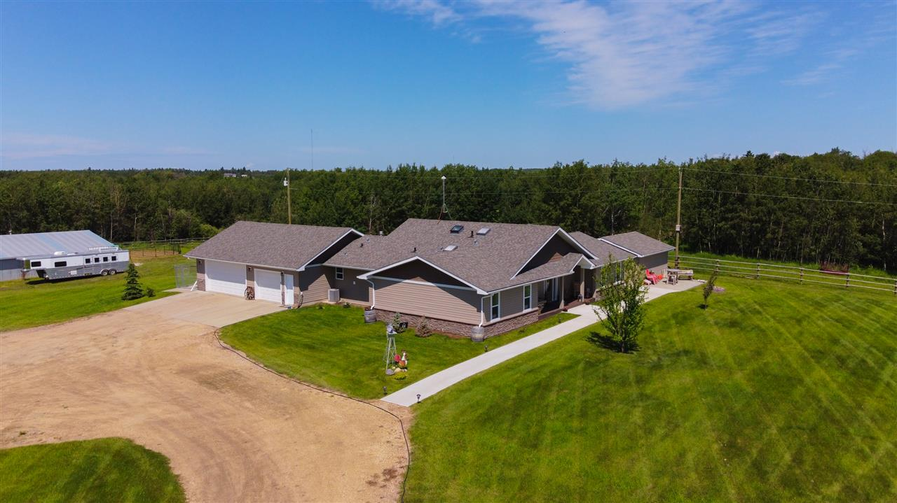 FEATURED LISTING: 50534 RGE RD 224 Rural Leduc County