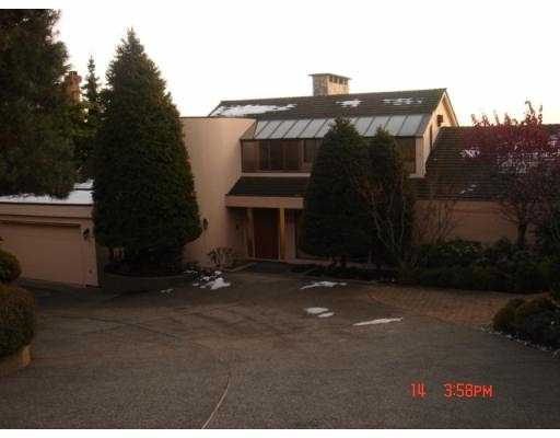Main Photo: 2393 WESTHILL DR in West Vancouver: Westhill House for sale : MLS®# V568076
