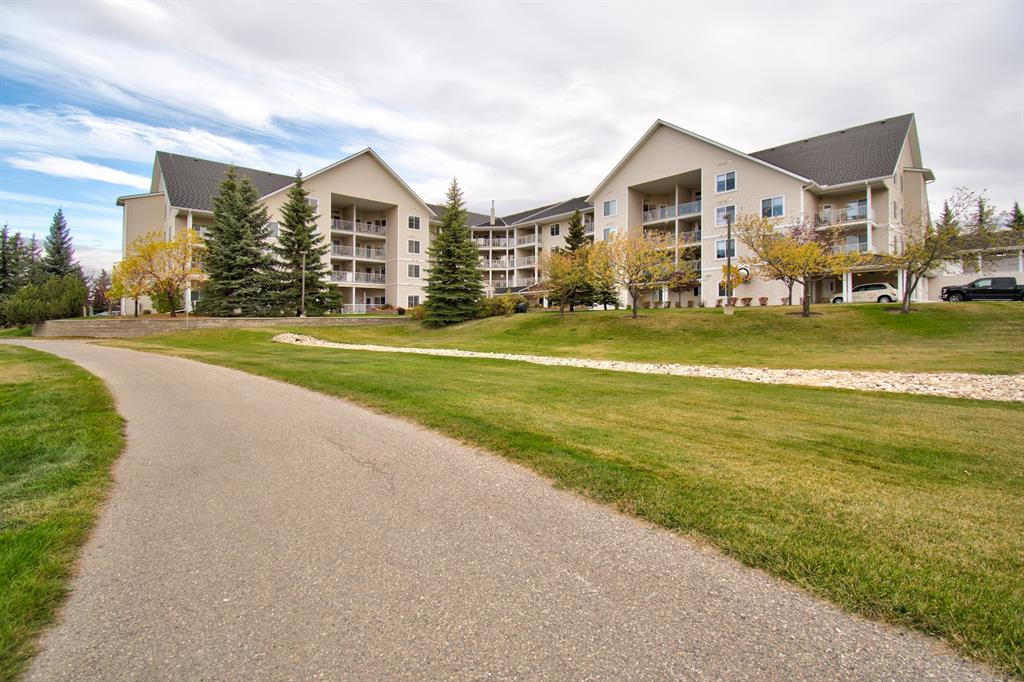 FEATURED LISTING: 401 - 305 1 Avenue Northwest Airdrie