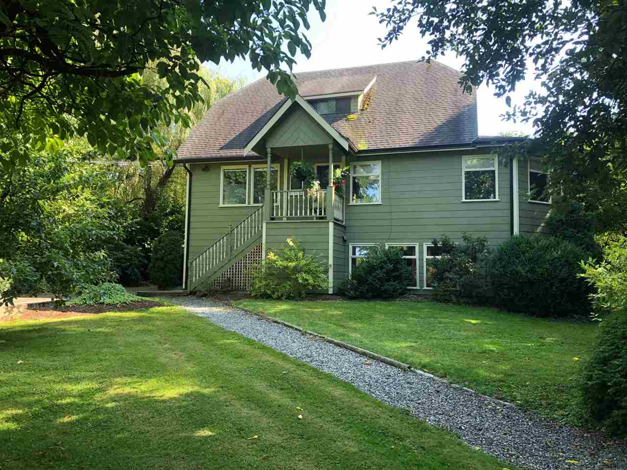 FEATURED LISTING: 27618 56 Avenue Abbotsford