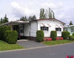 "Main Photo: 54 2303 CRANLEY DR in White Rock: King George Corridor Manufactured Home for sale in ""SUNNYSIDE ESTATES"" (South Surrey White Rock)  : MLS®# F2509963"