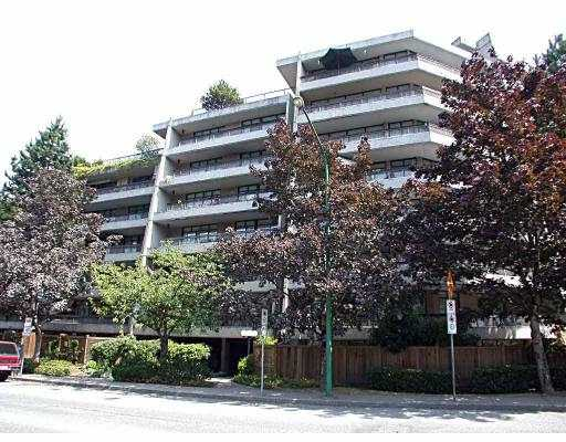 "Main Photo: 216 5932 PATTERSON AV in Burnaby: Metrotown Condo for sale in ""PARKCREST APTS"" (Burnaby South)  : MLS® # V565470"
