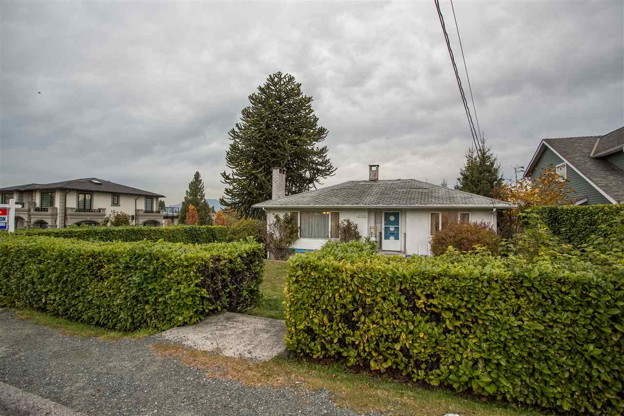 FEATURED LISTING: 3735 CARDIFF Street Burnaby