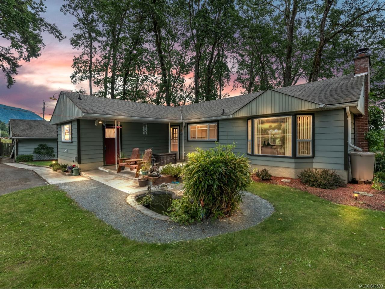 FEATURED LISTING: 3368 Cowichan Valley Hwy DUNCAN