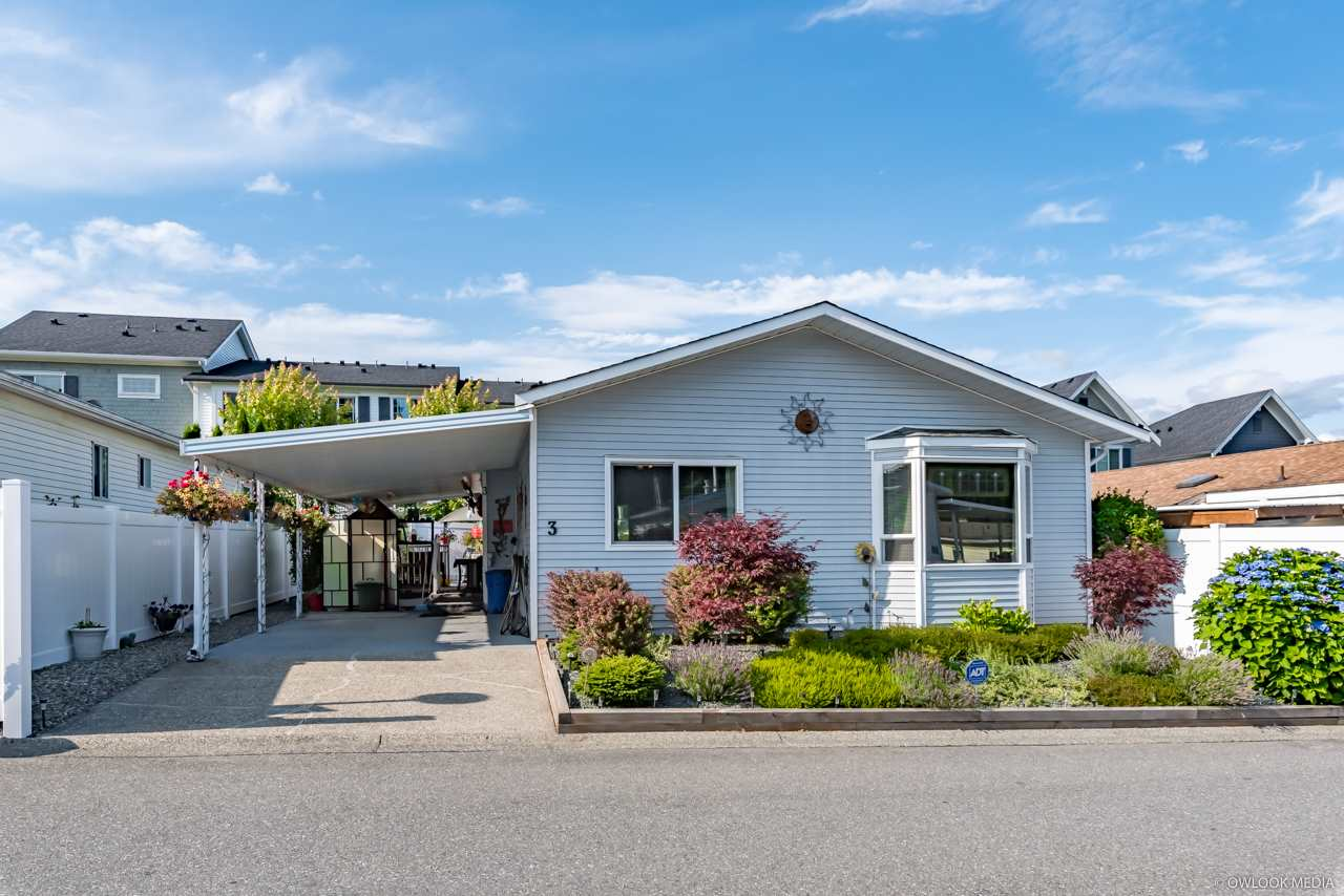 FEATURED LISTING: 3 - 8078 KING GEORGE Boulevard Surrey