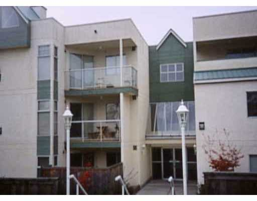 Main Photo: 304 518 13TH ST in New Westminster: Uptown NW Condo for sale : MLS® # V535754