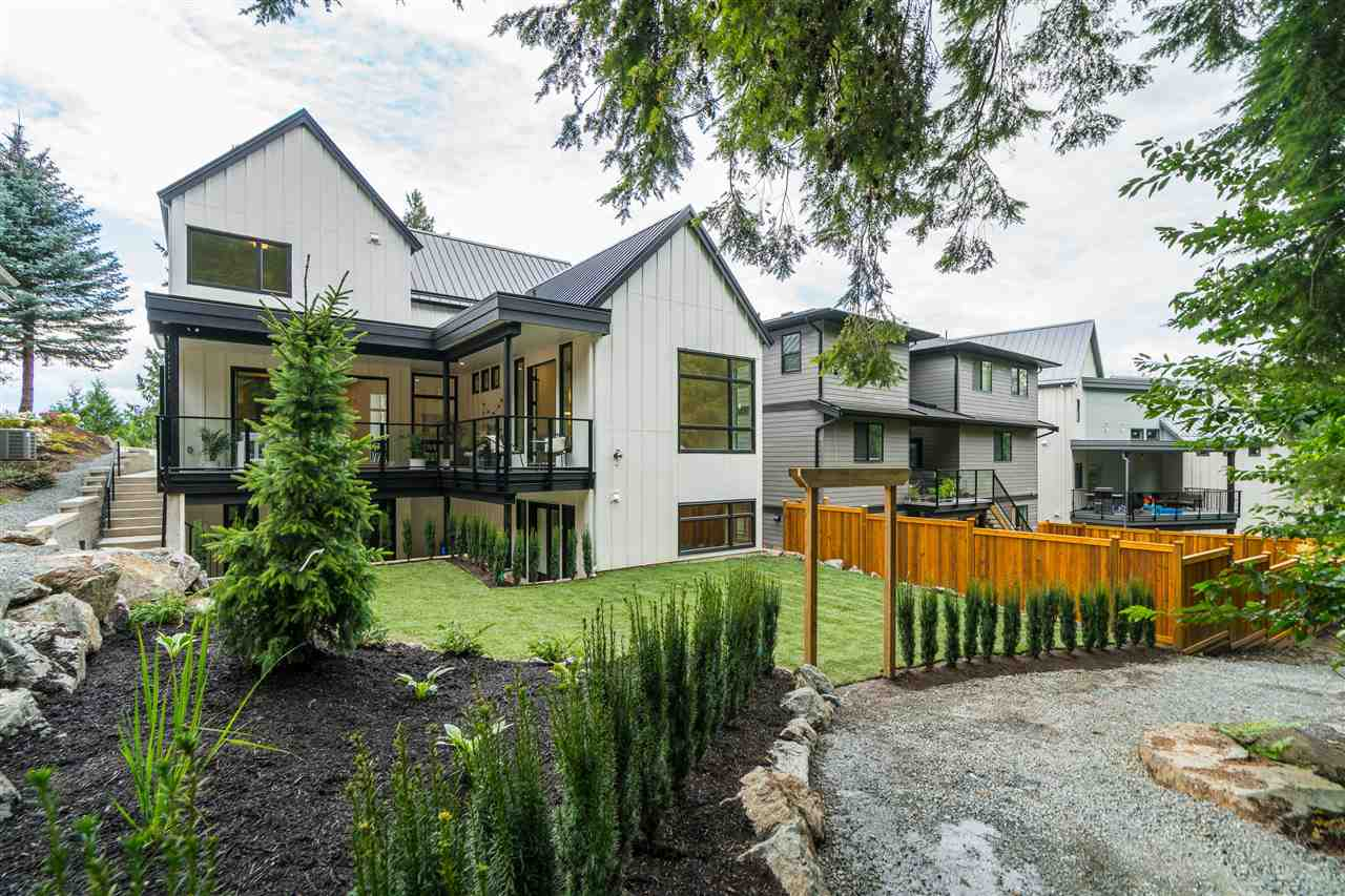 FEATURED LISTING: 4 - 4550 TESKEY Road Chilliwack