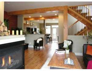 "Photo 2: 29 39760 GOVERNMENT RD: Brackendale Townhouse for sale in ""ARBOURWOODS"" (Squamish)  : MLS(r) # V578331"