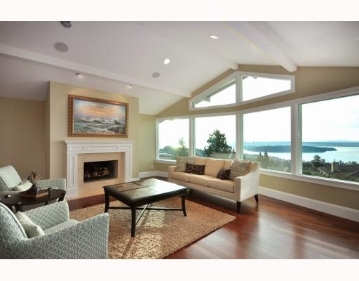 Photo 8: 1342 CAMRIDGE RD in West Vancouver: House for sale : MLS® # V804594