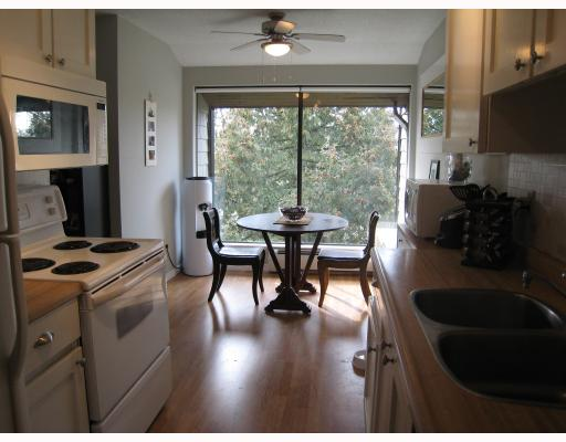 "Photo 3: 311 7055 WILMA Street in Burnaby: VBSHG Condo for sale in ""THE BERESFORD"" (Burnaby South)  : MLS® # V694022"