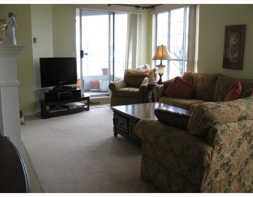 "Photo 4: 205 1150 QUAYSIDE Drive in New_Westminster: Quay Condo for sale in ""The Westport"" (New Westminster)  : MLS(r) # V701557"