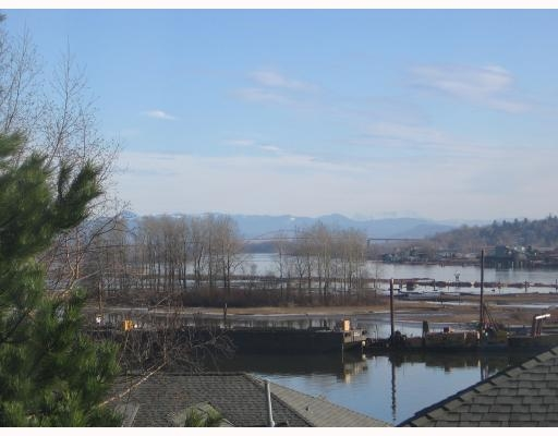 Photo 2: # 123 28 RICHMOND ST in New Westminster: Condo for sale : MLS® # V750450