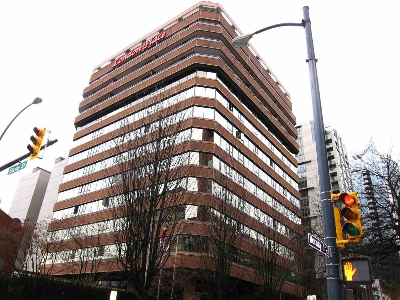 FEATURED LISTING: 1003 - 1177 HORNBY Street Vancouver