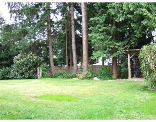 Photo 8: 1099 MALAVIEW Road in Gibsons: Gibsons & Area House for sale (Sunshine Coast)  : MLS(r) # V648240