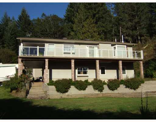 Main Photo: 5744 TROUT LAKE Road in Halfmoon_Bay: Halfmn Bay Secret Cv Redroofs House for sale (Sunshine Coast)  : MLS®# V668083