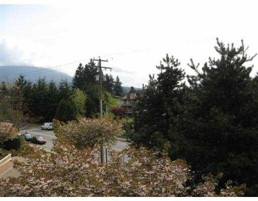 "Photo 6: 304 1190 PIPELINE Road in Coquitlam: North Coquitlam Condo for sale in ""THE MACKENZIE"" : MLS® # V708972"