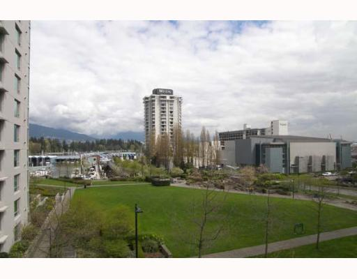 "Photo 10: 303 1710 BAYSHORE Drive in Vancouver: Coal Harbour Condo for sale in ""BAYSHORE GARDENS"" (Vancouver West)  : MLS® # V642290"