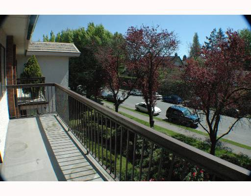 "Photo 2: 317 1235 W 15TH Avenue in Vancouver: Fairview VW Condo for sale in ""THE SHAUGHNESSY"" (Vancouver West)  : MLS(r) # V646675"