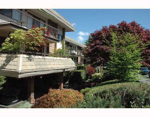 "Main Photo: 317 1235 W 15TH Avenue in Vancouver: Fairview VW Condo for sale in ""THE SHAUGHNESSY"" (Vancouver West)  : MLS(r) # V646675"