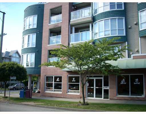"Main Photo: 208 789 W 16TH Avenue in Vancouver: Fairview VW Condo for sale in ""SIXTEEN WILLOWS"" (Vancouver West)  : MLS® # V663069"