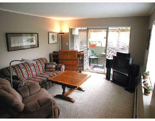 Main Photo: 110 2211 W 5TH Avenue in Vancouver: Kitsilano Condo for sale (Vancouver West)  : MLS® # V701010