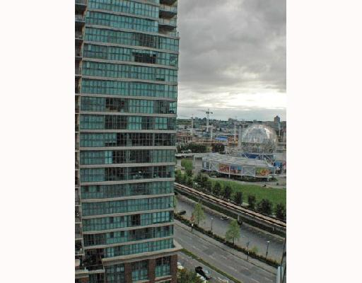 "Photo 8: 1502 1088 QUEBEC Street in Vancouver: Mount Pleasant VE Condo for sale in ""VICEROY"" (Vancouver East)  : MLS® # V710597"