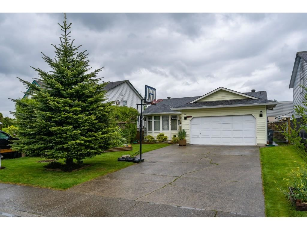 FEATURED LISTING: 2788 272B Street Langley