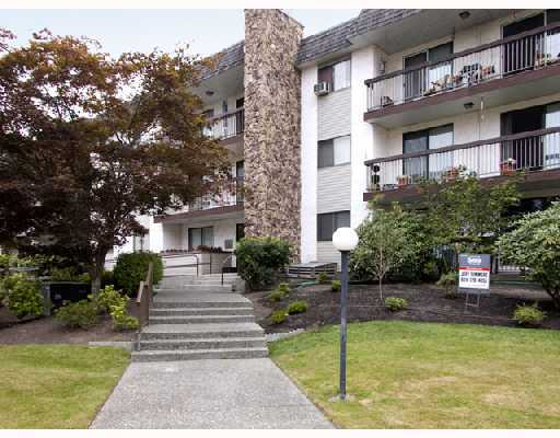 "Main Photo: 310 2381 BURY Avenue in Port_Coquitlam: Central Pt Coquitlam Condo for sale in ""RIVERSIDE MANOR"" (Port Coquitlam)  : MLS® # V682692"