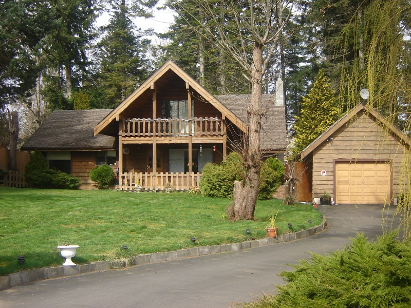 Main Photo: 324 HERONDALE ROAD in ROYSTON: Comox Valley Residential Detached for sale (Vancouver Island/Smaller Islands)  : MLS® # 231604