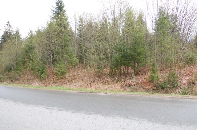 Photo 2: Photos: LOT 6 WALL STREET in HONEYMOON BAY: Lots/Acreage for sale : MLS®# 316008