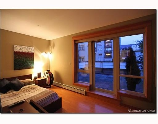 Photo 7: # 208 550 17TH ST in West Vancouver: Condo for sale : MLS® # V800376