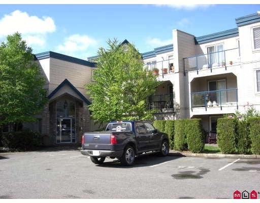 "Main Photo: 110 45504 MCINTOSH Drive in Chilliwack: Chilliwack W Young-Well Condo for sale in ""VISTA VIEW"" : MLS®# H2802673"