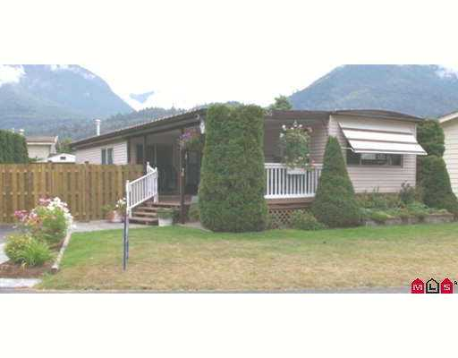 "Main Photo: 38 46511 CHILLIWACK LAKE Road in Sardis: Chilliwack River Valley Manufactured Home for sale in ""BAKER TRAIL ESTATES"" : MLS® # H2704117"