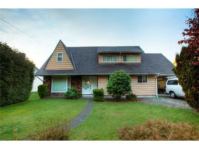 "Main Photo: 9591 GILBERT CR in Richmond: Woodwards House for sale in ""WOODWARDS"" : MLS®# V867728"