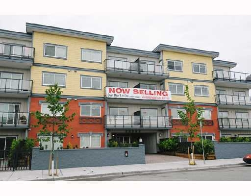 Main Photo: # 104 22363 SELKIRK AV in Maple Ridge: Condo for sale : MLS® # V719735