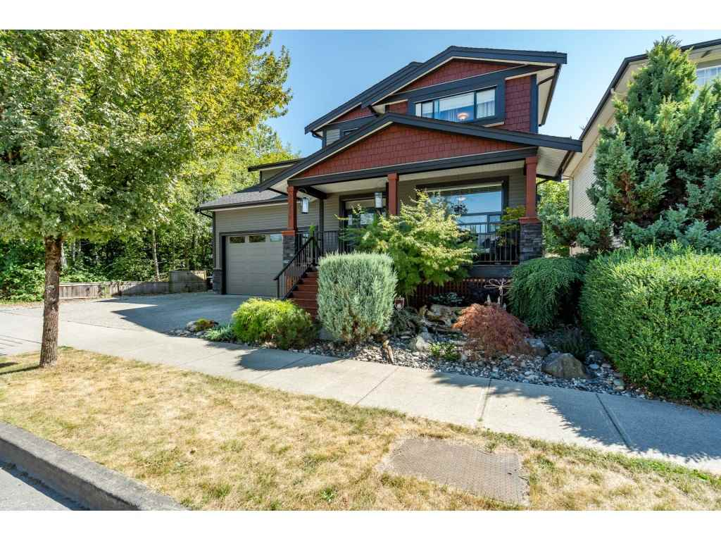 FEATURED LISTING: 23796 118 Avenue Maple Ridge