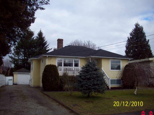 Main Photo: 45813 HENDERSON AV in Chilliwack: Chilliwack N Yale-Well House for sale : MLS® # H1100168