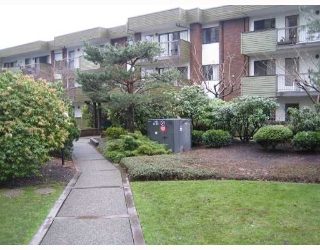 "Main Photo: 215 4275 GRANGE Street in Burnaby: Central Park BS Condo for sale in ""ORCHARD SQUARE"" (Burnaby South)  : MLS® # V694336"