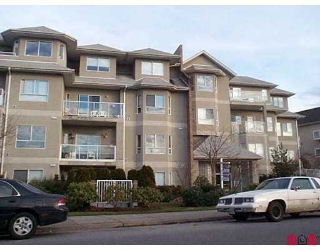"Main Photo: 211 8142 120A Street in Surrey: Queen Mary Park Surrey Condo for sale in ""Sterling Court"" : MLS® # F2802446"