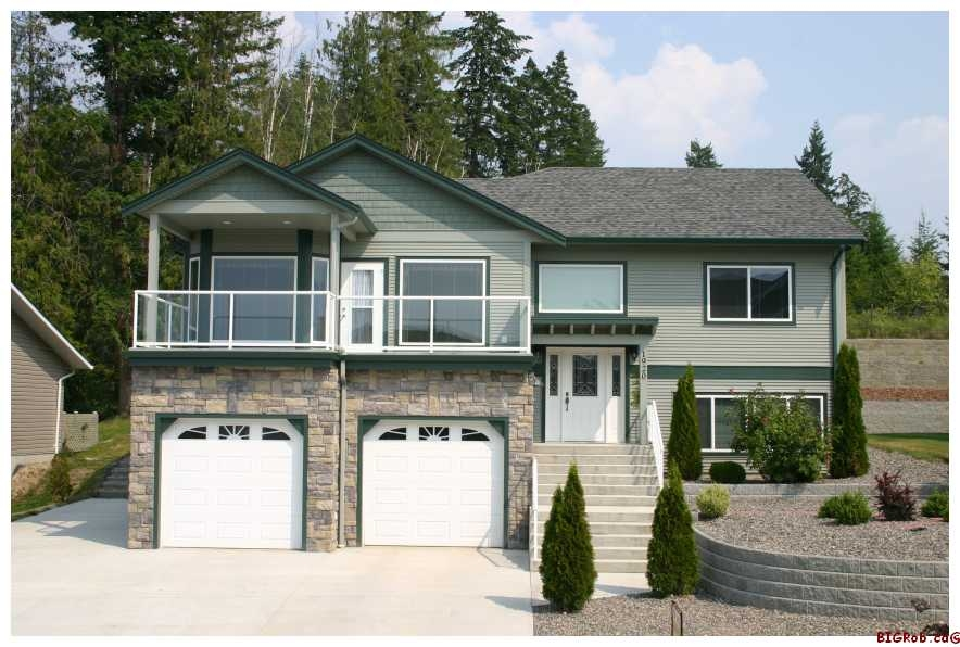 Main Photo: 1920 - 24th Street S.E. in Salmon Arm: Lakeview Meadows Residential Detached for sale : MLS(r) # 10014760