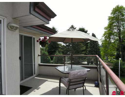 "Photo 10: 403 2526 LAKEVIEW Crescent in Abbotsford: Central Abbotsford Condo for sale in ""MILL SPRING MANNER"" : MLS(r) # F2716887"
