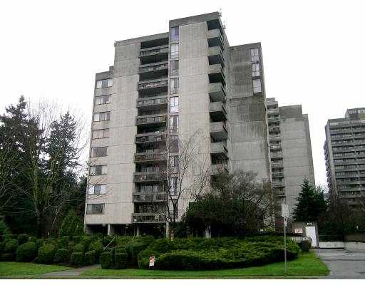 "Main Photo: 301 4105 IMPERIAL ST in Burnaby: Metrotown Condo for sale in ""somerset house"" (Burnaby South)  : MLS(r) # V577628"