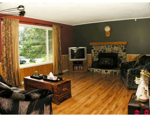 Photo 4: 2877 266B Street in Langley: Aldergrove Langley House for sale : MLS® # F2809800