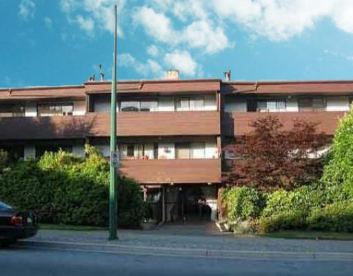 "Main Photo: 305 341 W 3RD Street in North_Vancouver: Lower Lonsdale Condo for sale in ""THE LISA"" (North Vancouver)  : MLS(r) # V710690"