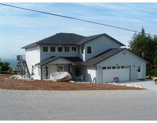 Main Photo: 5189 HAVIES RD in Sechelt: Sechelt District House for sale (Sunshine Coast)  : MLS®# V546081