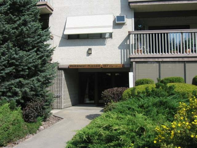 Main Photo: 187 WARREN AVE W in Penticton: Other for sale (101)  : MLS® # 132765
